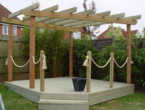 Sturdy pergola with rope feature